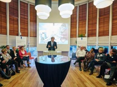 Afbeelding bij 'Van Rijn lanceert breed plan voor kwaliteit zorg in verpleeghuizen'