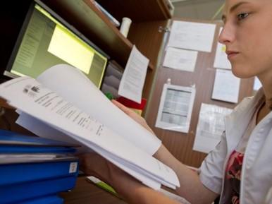 Afbeelding bij 'V&VN: maak serieus werk van opleidingsniveau professionals verpleeghuiszorg'