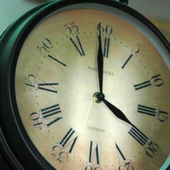 Afbeelding bij 'Dames THe-blik: Bij de tijd'