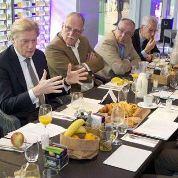 Afbeelding bij 'Martin van Rijn spreekt met cliëntenraden tijdens ontbijtsessie'