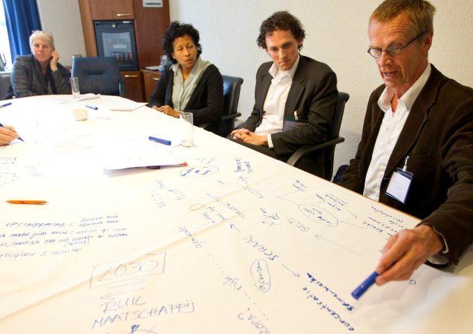 Afbeelding bij 'Praktijkgerichte opleiding zorgkantoren 'inkopen op kwaliteit' gestart'