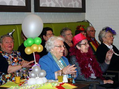 Afbeelding bij 'Traditionele carnavalsviering MeanderGroep in Landgraaf brengt wijk, bewoners en..'