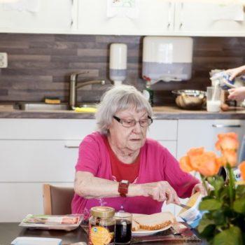 Afbeelding bij 'Familie en naasten denken met Amsta mee over voedselveiligheid en vrijheidsbeperking'