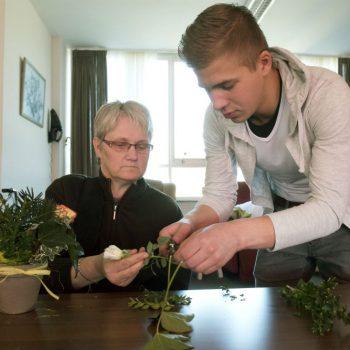 Afbeelding bij 'Pilot Zweeds verpleeghuis: 6-urige werkdag verbetert productiviteit en kwaliteit'