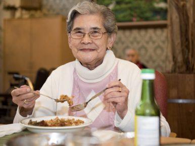 Afbeelding bij '10 tips voor eten met meer smaak en plezier in het verpleeghuis'