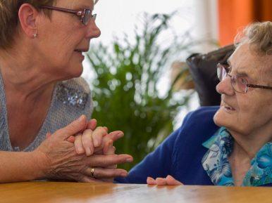 Afbeelding bij 'Goed gesprek over zorg voor kwetsbare ouderen'