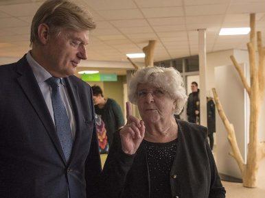 Afbeelding bij 'Medewerkers van Coloriet gingen in gesprek met staatssecretaris Van Rijn'