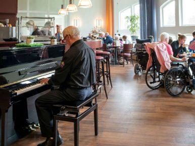 Afbeelding bij 'Muziek als dagelijks 'instrument' in verpleeghuiszorg bij Zinzia Zorggroep'