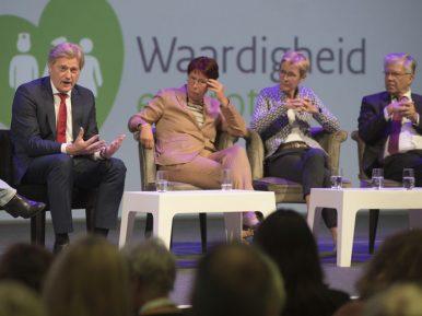 Afbeelding bij 'Martin van Rijn: 'Wat ik ons allen gun is verpleeghuizen die voortdurend bezig..'