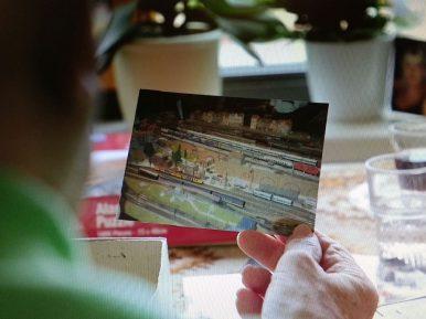 Afbeelding bij 'Kalorama ontwikkelt digitaal platform dat bewoners activeert en thuis laat voele..'