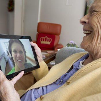 Afbeelding bij 'Maarten van Rixtel (Sensire): 'Digitale zorg geeft de cliënt vrijheid''