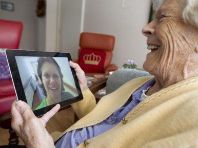 Afbeelding bij 'Maarten van Rixtel (Sensire): 'Digitale zorg geeft de cliënt vrijheidR..'