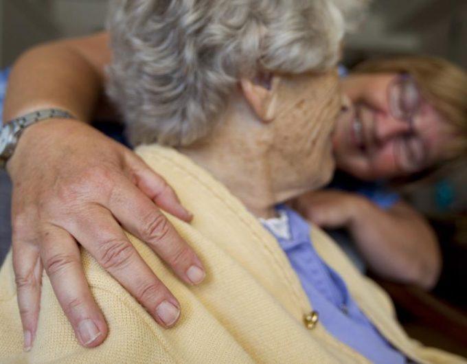 Afbeelding bij '35 partijen sluiten Pact voor de Ouderenzorg'