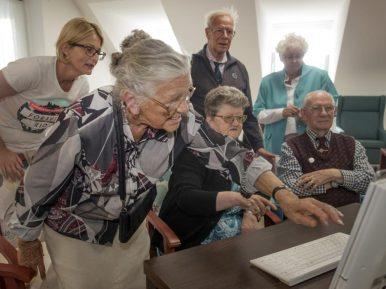 Afbeelding bij 'YouTube voor ouderen van ZorgSpectrum'