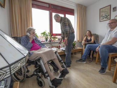 Afbeelding bij 'Academische werkplaats Zuid Limburg meet kwaliteit verpleeghuiszorg vanuit bewon..'