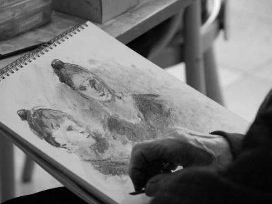 Afbeelding bij 'Op bezoek bij het Rosa Spier Huis: 'Een kunstenaar gaat nooit met pensioen..'