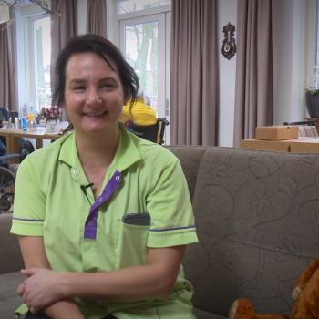 Afbeelding bij 'Nieuwkomers in de ouderenzorg: Bianca – Werken in de ouderenzorg #afleveri..'