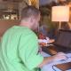 Afbeelding bij 'Nieuwkomers in de ouderenzorg: Jeffrey - De opleiding #aflevering2'