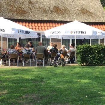 Afbeelding bij 'Bewoners en medewerkers van Kloosterakker gaan samen op vakantie'