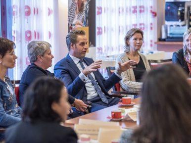 Afbeelding bij 'Minister De Jonge bij Topaz in gesprek over praktijk-leerroute Waarde-vol Onderw..'