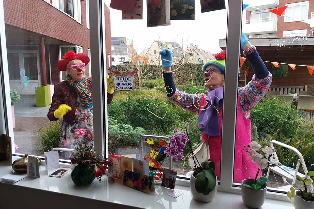 Cleaning clowns bij Elisabeth Hof