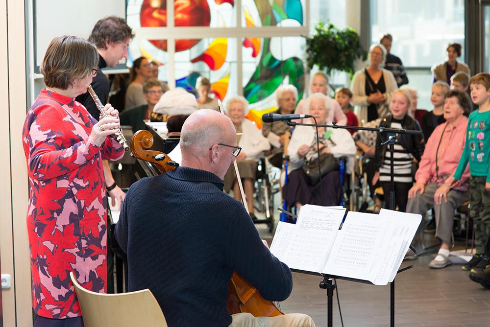 Opella jong en oud koor